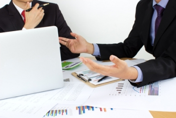 仕事や家計管理に活かせるおトクで実用的な資格(FP技能士)